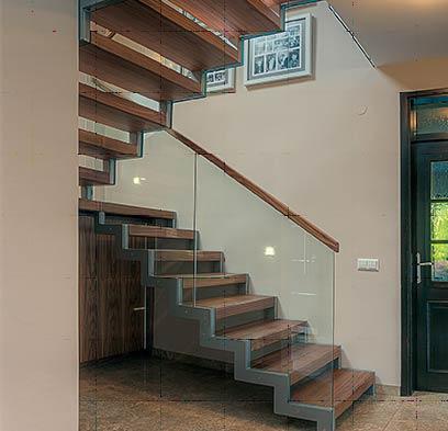 Ztong prenova, stopnice in stopnišča