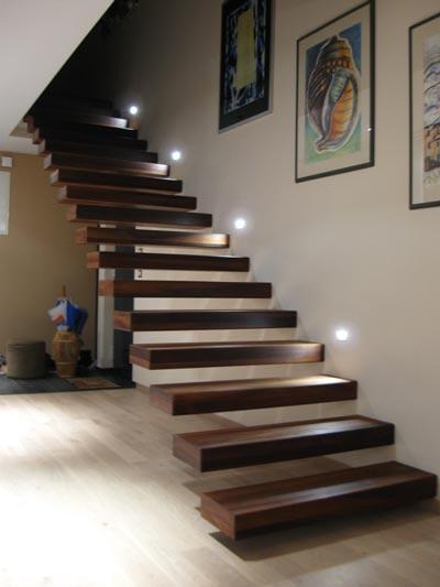 Ytong prenova, osvetljenost stopnišča