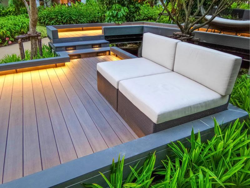 Pomladna ureditev dvorišča: 3 enostavni projekti za zeleno oazo iz sanj